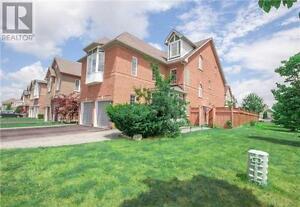 139 Peninsula Cres Richmond Hill Ontario House for sale!