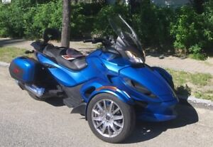 Motocyclette / Motorbike 2015 Can-Am Spyder ST Limited