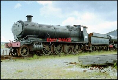PHOTO  LOCO WAITING TO BE SCRAPPED