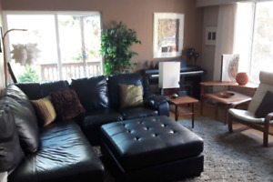 Beautiful Stone Fireplace Home for Rent in Nelson -Jan/Feb