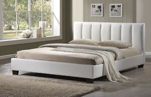 BEAUTIFUL WHITE LEATHER QUEEN SIZE BED FRAME BRAND NEW