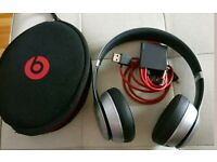 Beats by Dr dre solo 2 wireless