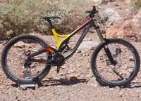 Devinci Wilson carbon - like new, lowered price