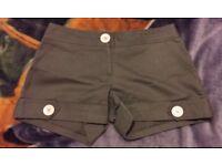 lovely ASOS khaki summer shorts size 8 New