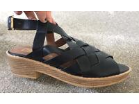 Ladies Size 7 Black Heeled sandal