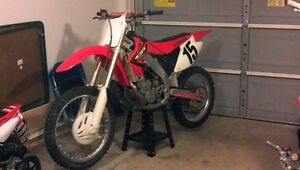 2001 cr 250 from hugger / mud guard