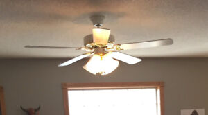 White Ceiling fan with 4 lights
