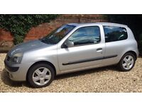 LOW MILEAGE AND SMALL ENGINE-RENAULT CLIO