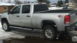 2011 GMC Sierra 2500 SLE  *Low Mileage*
