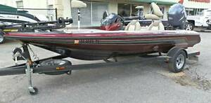 SKEETER TZX180 BASS FISHING BOAT 150HP 4-STROKE Spring Farm Camden Area Preview