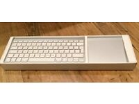MAC MAGIC KEYBOARD & TRACKPAD