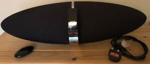 Bowers and Wilkins (B&W) Zeppelin Air + iconnector, remote control, power cable