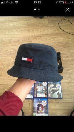 Tommy hilfiger designer bucket hat