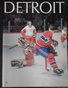 DETROIT RED WINGS HOCKEY ALBUM Cambridge Kitchener Area image 1