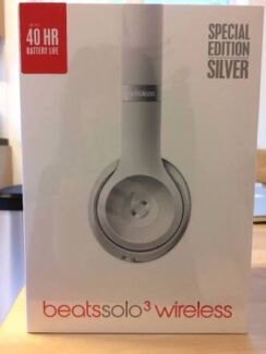 Beats Solo3 Wireless Silver **Brand New Sealed Box**