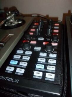 Native Instruments Kontrol x1 Mk1