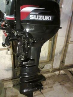 Wrecking DT30 Suzuki outboard.  Cannington Canning Area Preview
