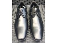 **BRAND NEW** Gents Black Size 10 Shoes