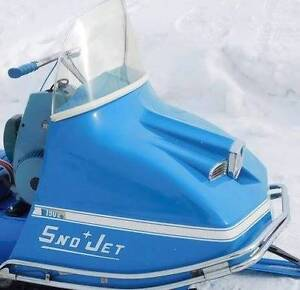 Wanted/Recherche! Windshield 1969 SNO JET / Pare-brise