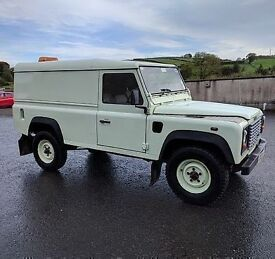 2003 Landrover Defender 110 hardtopTD5 ++++ only 107k miles ++++ MOTD +++++ very welll maintained +