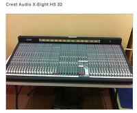 Crest Audio Mixer Professionnel pour grand studio Like New