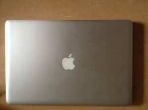 15' MacBook Pro - i7 / 8GB RAM / 512GB Macintosh HD for 650 CAD