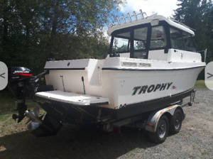 Looking for Bayliner Trophy 2359 boat and trailer