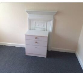Double Room to let,all bills inclusive £350,Free internet