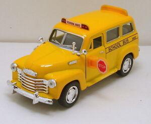 Kinsmart-Chevy-Suburban-Carryall-1-36-scale-5-diecast-model-car-School-Bus-K17