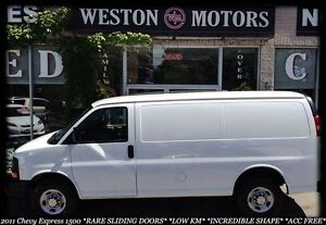 2011 Chevrolet Express 1500 RARE SLIDING DOORS*LOW KM*PAY HERE