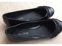 Aldo black patent shoes size 5 worn once