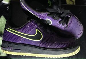 YOUTH SHOES SNEAKER 6 1/2 NIKE $40