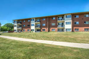Newly Renovated 1 or 2 Bedroom starting at $725.00
