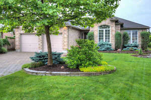 SUNNINGDALE RANCH WITH BACK YARD OASIS!!!