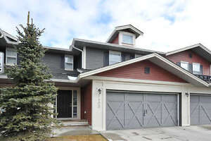 3 BEDROOM CONDO WITH DOUBLE ATTACHED GARAGE!