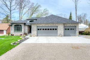 Are you looking for a HOME/COTTAGE in PORT FRANKS???