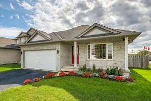 Beauty Home In Central Elgin London Ontario image 1