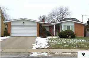 5 months rent available,10 Citation Dr,Northyork Fully renovated