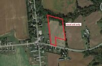 Dream Home Property - 7.64 acres - 20 minutes to the 401