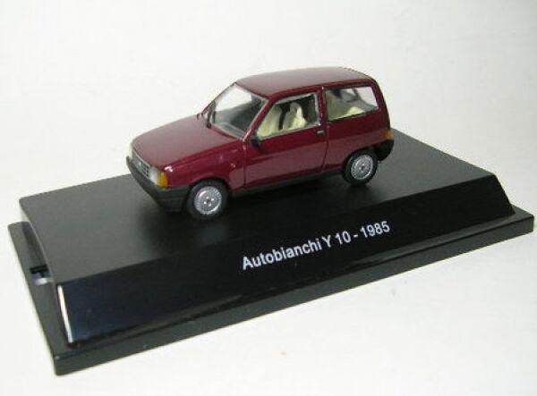 Autobianchi Y10 (red) 1985