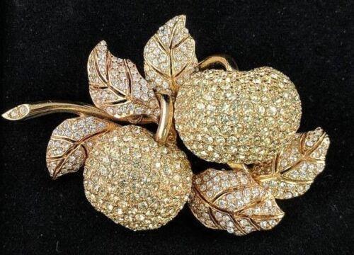 Stunning 3-D Ciner Swarovski Crystal Encrusted Apples Pin Brooch