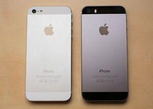 2 iPhone 5s iPhones - like new