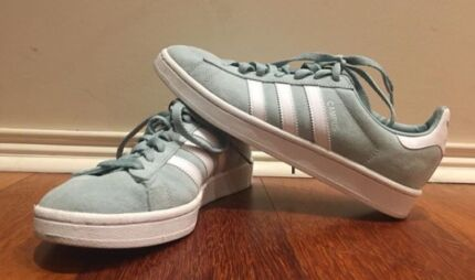 best website b6f0d 400f5 Adidas Campus shoes- size 9 womens