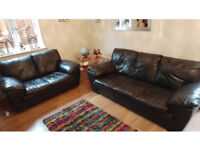 2 & 3 seater black leather sofa set can deliver