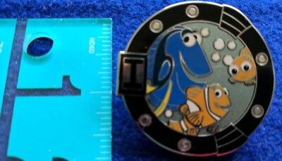 Disney Pin Family Portraits - Reveal/Conceal Mystery Set – Finding Nemo Only
