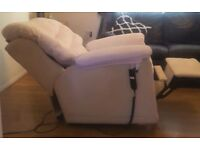 White Electric reclining chair with controller. FREE delivery in Derby