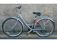 Ladies RALEIGH Pioneer Metro LX 2007 Hybrid Bike In Very Good Condition