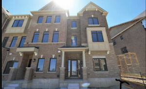 Prime Location Townhouse For Lease In Markham - $2500/month