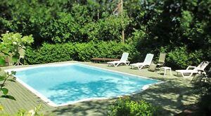 Lumineux condo à STE-ADÈLE avec piscine creusée