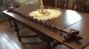 Tringle ou pôle à rideaux en bois